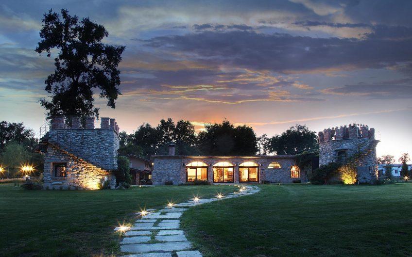 Charmin countryside estate