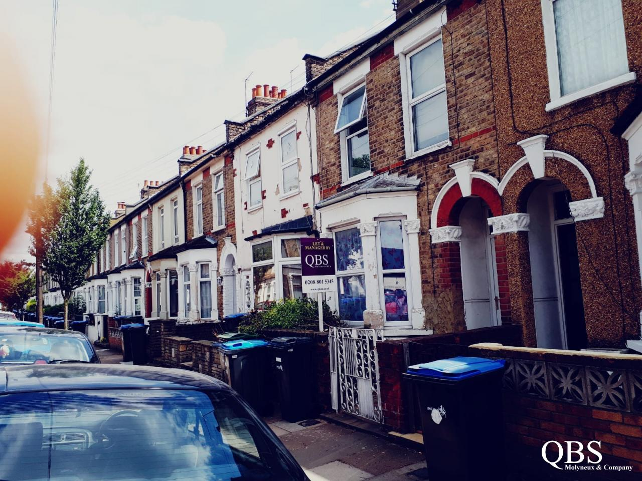 4 bed house to rent on Hawthorne Road, N18
